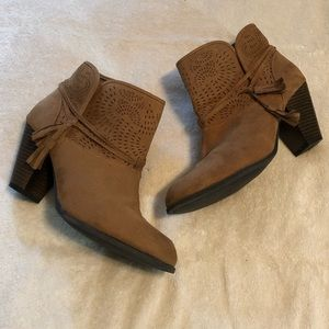 [Qupid] Ankle Booties